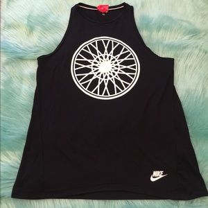 Nike soulcycle spinning wheel print black tank top